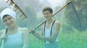 Полумужички и/или двуснастные:  наброски о третьем поле в русской деревне  (по материалам Алтайского края)